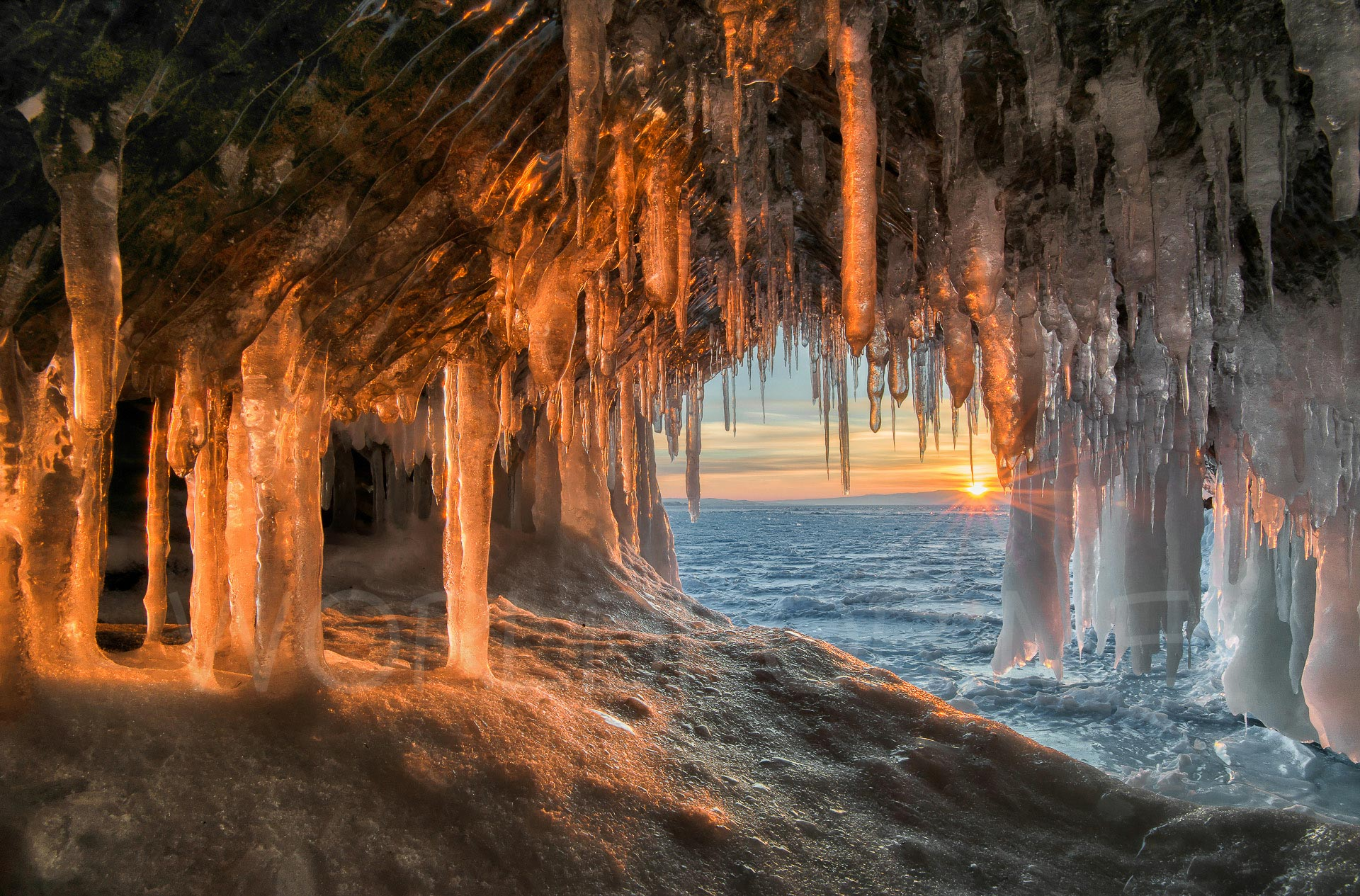 Lake Baikal winter (1)-7
